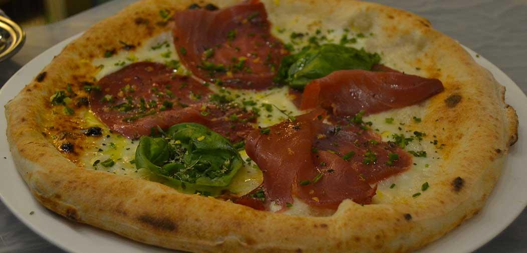 Pizza-Guardia-Costiera